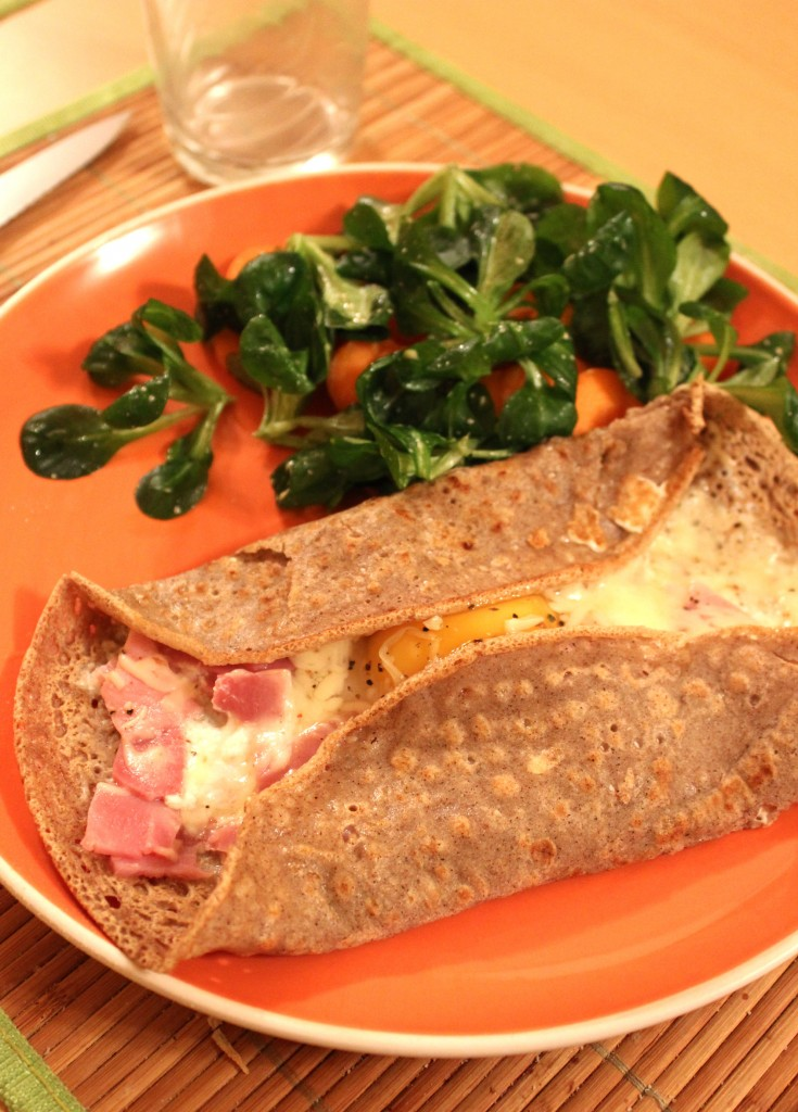 Galette-bretonne-jambon-fromage-oeuf