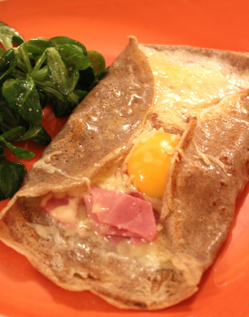 Galette-bretonne-jambon-fromage-oeuf2